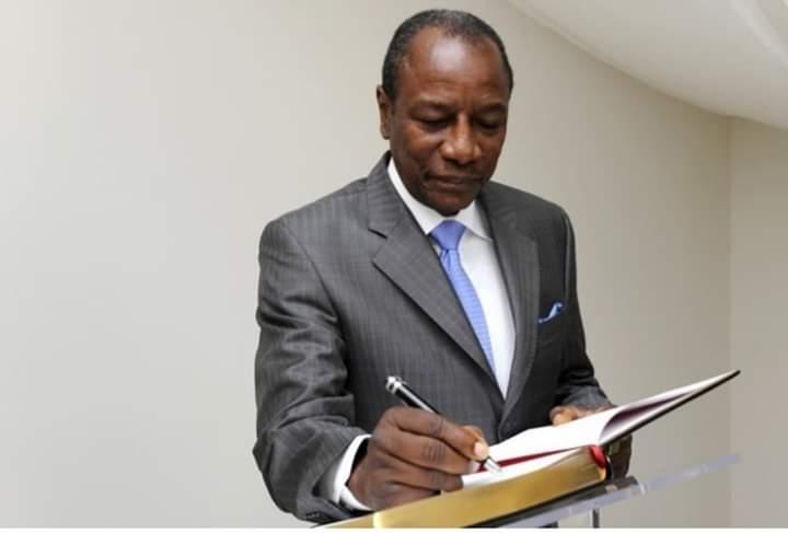 Guinée : les autorités décident de coupler les législatives au référendum le 1er mars